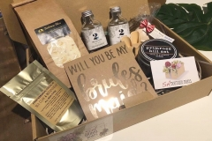 adelaide bridesmaid gift box