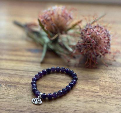 lapis lazuli gemstone bracelet lotus charm